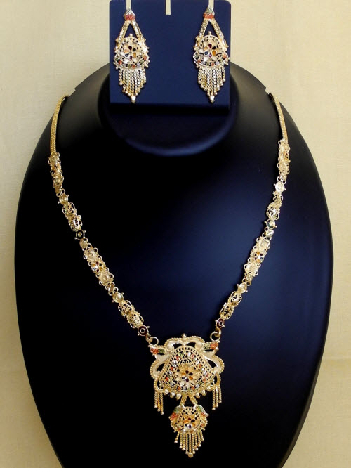 23.5 Carat Gold-Plated Necklace Set 10819